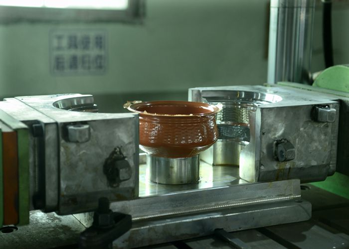 Crockery Eatching Mold